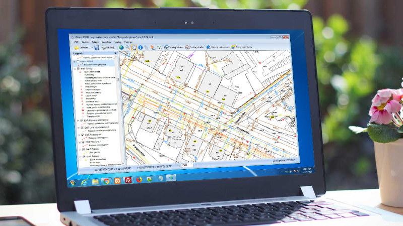 Autorski, zaawansowany system obsługi map cyfrowych (GIS)